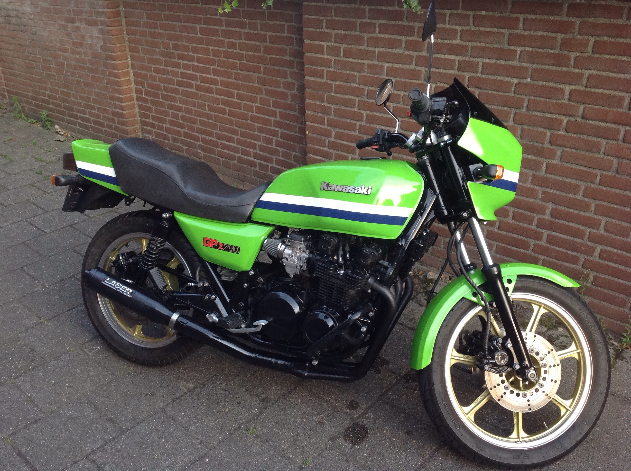 Kawasaki 1982-kz750-r1-gpz 1982 - from Wil Holst