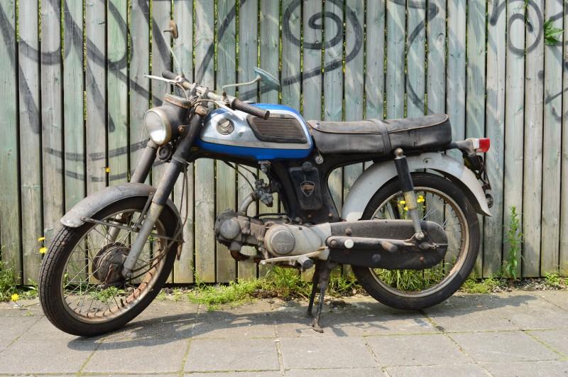 1965 Honda C320