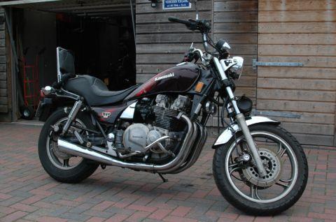 Kawasaki Ltd 1100 – Idée d'image de moto