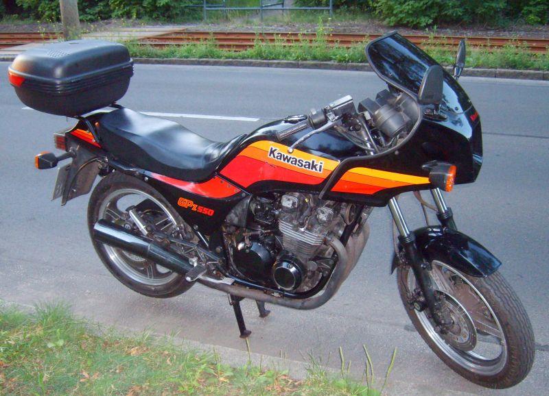 1987 Kawasaki ZX550A01