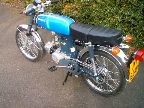 Cam on 1975 Honda 50 Mini Trail