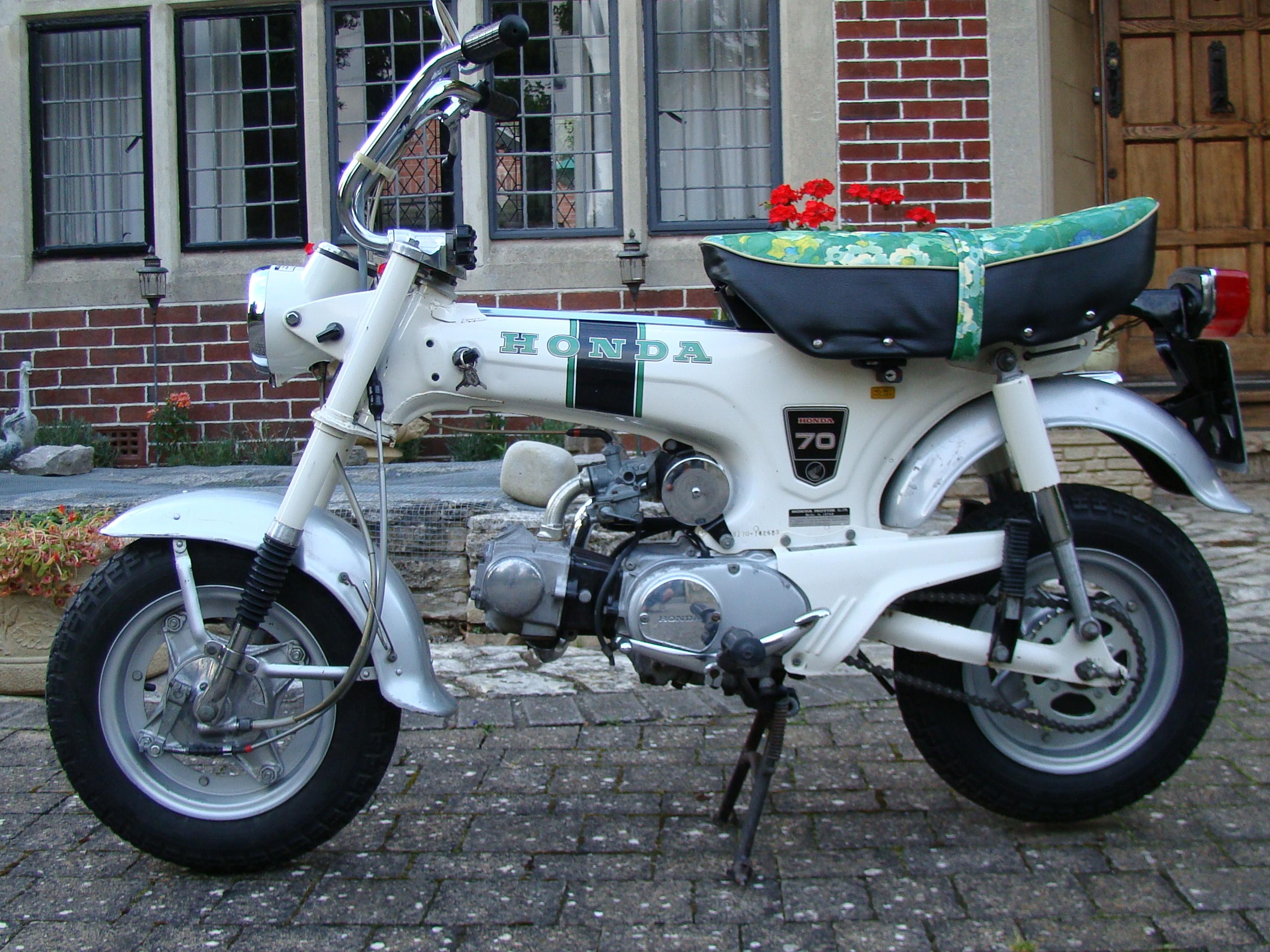 Honda st70 1973 - from Tony Gray