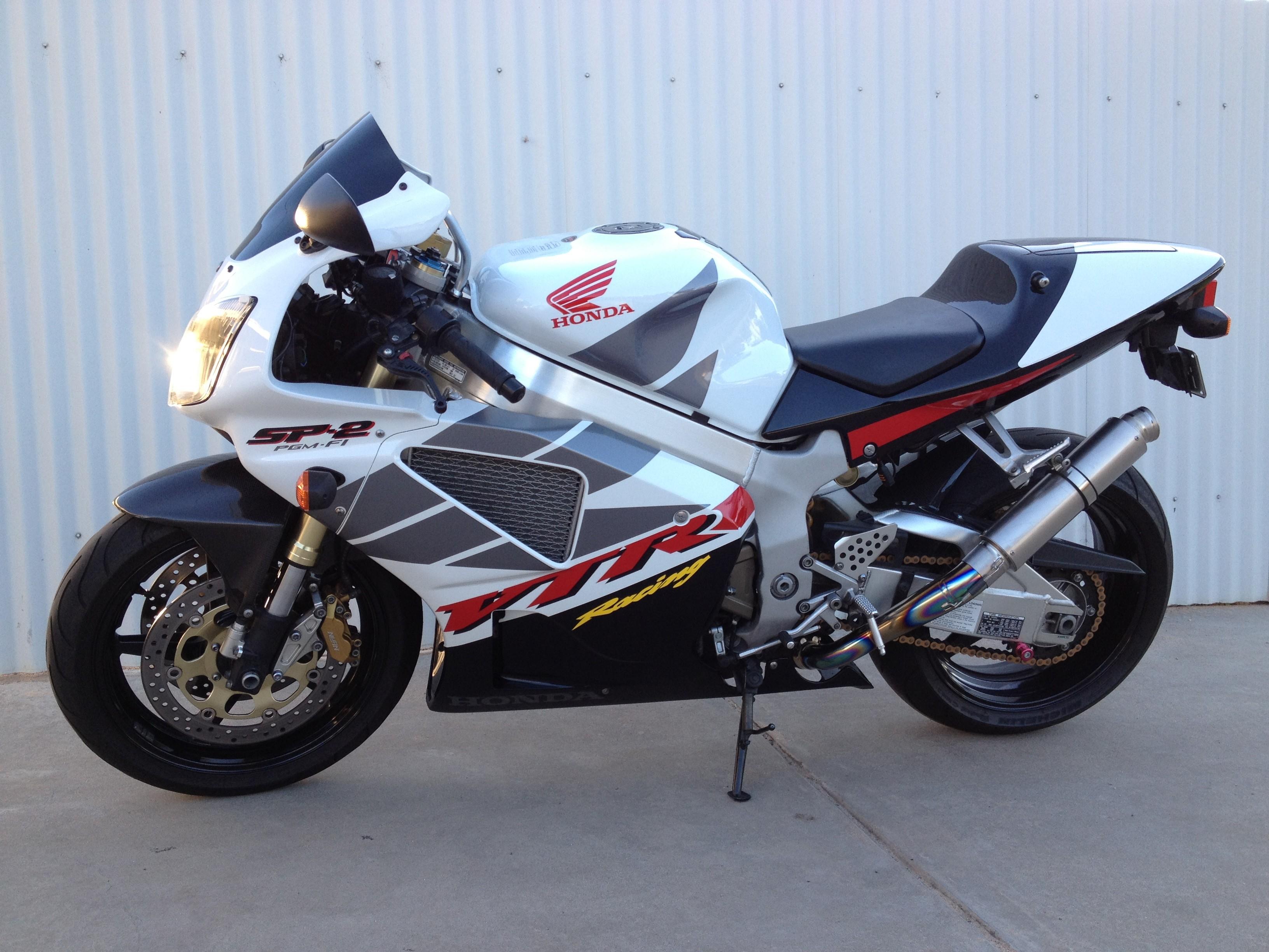 Vtr 1000 Parts Honda Vtr 1000 Sp2 2002 Fly