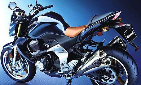 Kawasaki Z1000 Custom. 2006 Kawasaki Z1000- side view
